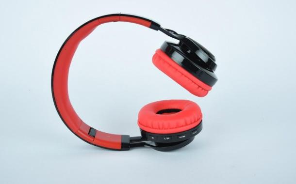 Toreto Announces Multi-Coloured LED Bluetooth Headsets